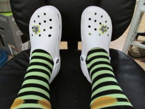 Crocs n socks 001
